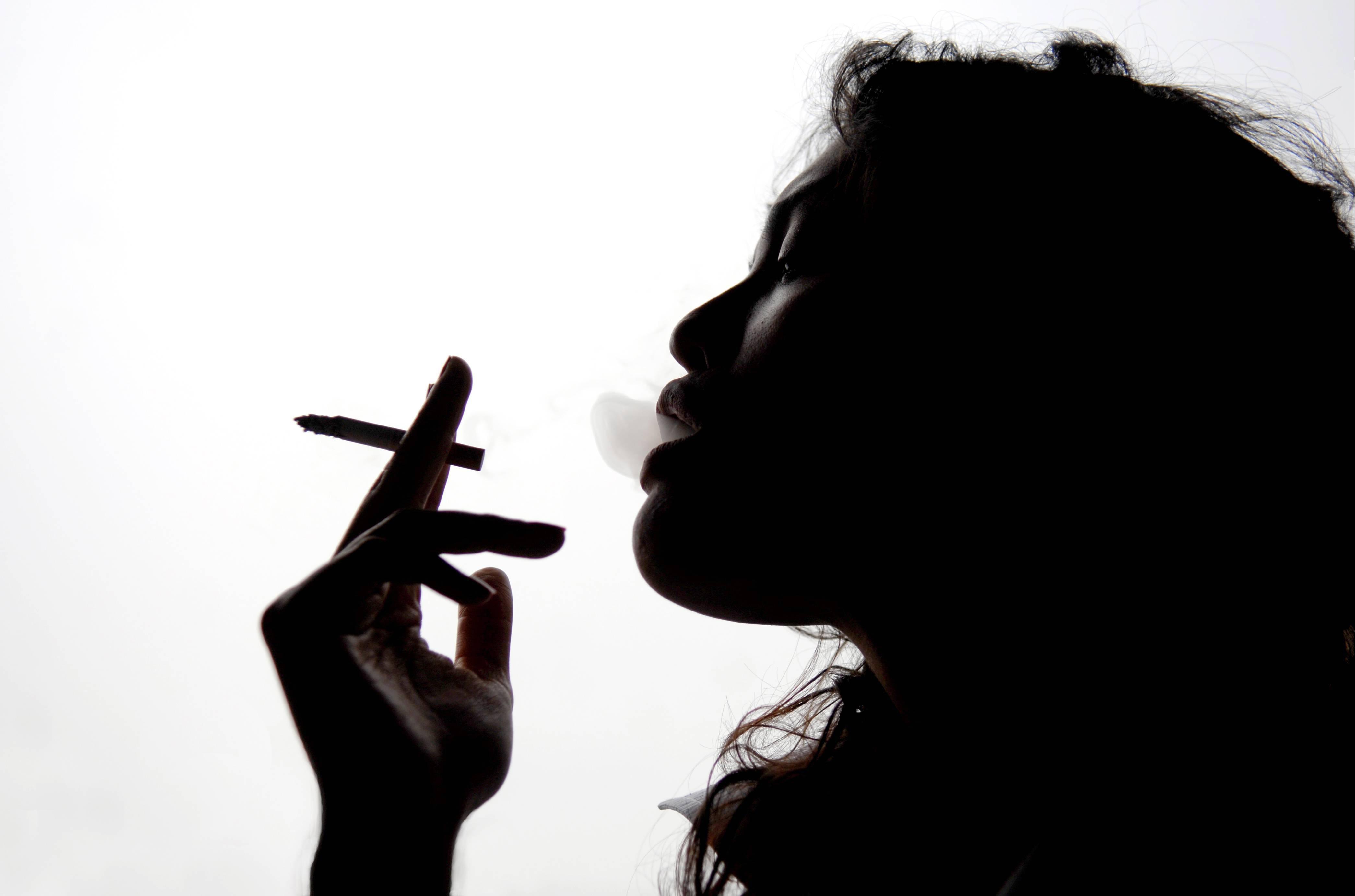 FUMO: DIVIETO TOTALE A SCUOLA, ANCHE SIGARETTE ELETTRONICHE