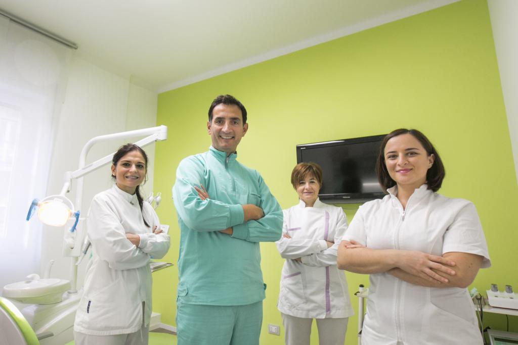 Studio dentistico esperto in implantologia senza dolori